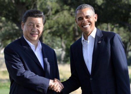 Presidents Barack Obama and Xi Jinping meeting in Rancho Mirage, California, on June 7, 2013