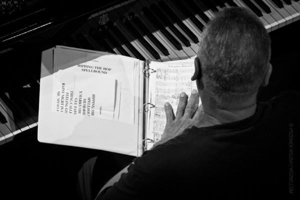 joe-sample-with-piano