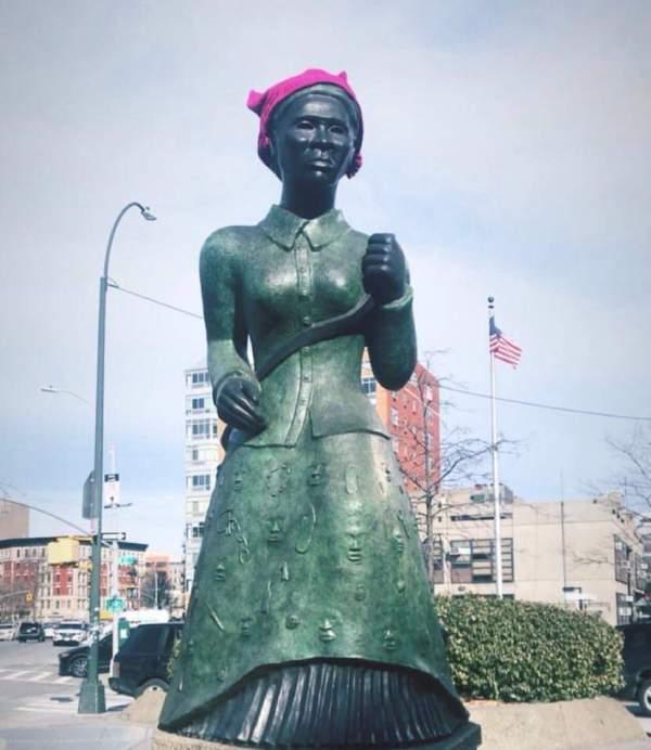 Harriet Tubman statue harlem pussy hat pink